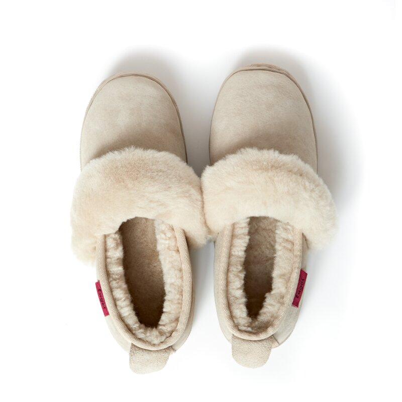 hausschuhe lammfell pantoffeln geschlossen damen und herren gr e 35. Black Bedroom Furniture Sets. Home Design Ideas