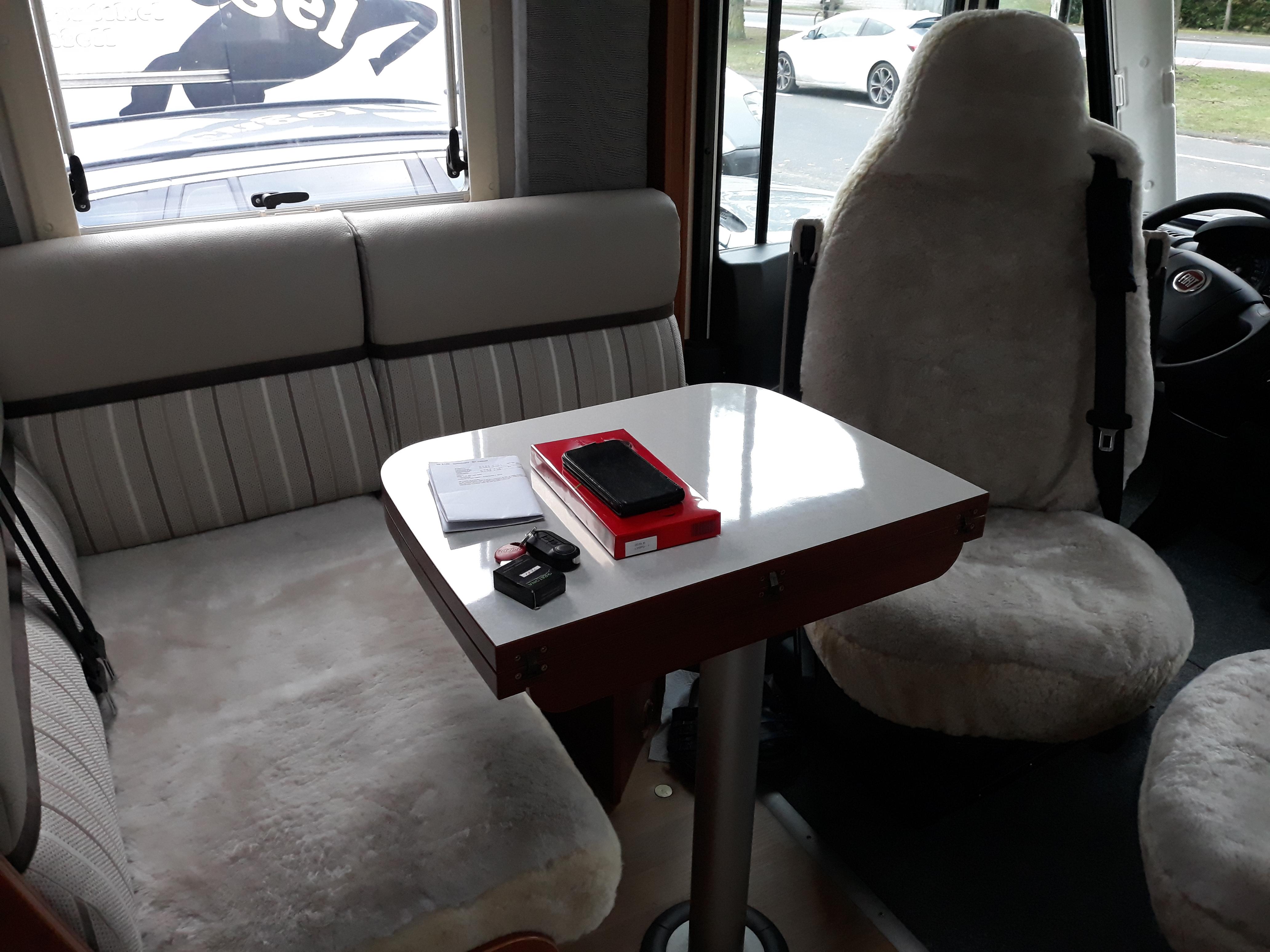 Lammfell Sitzbezüge Wohnmobil Sitzbank